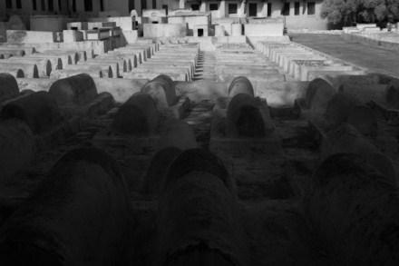 ron_rosenstock_cemetery_morocco